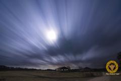 Wolkenzug bei Vollmond